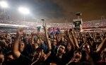 Público vai a loucura em show do ex- Pink Floyd